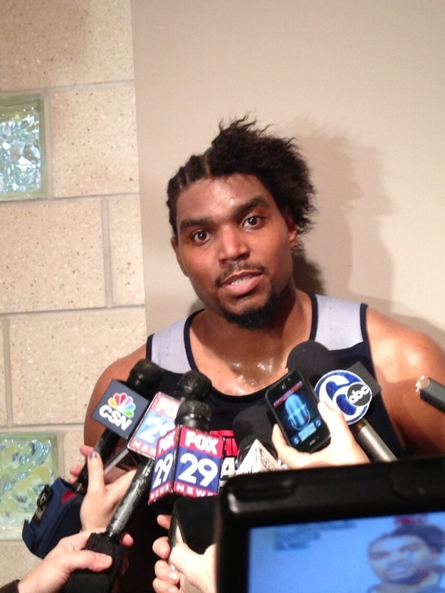 Andrew Bynum's New Hair, what is he thinking?