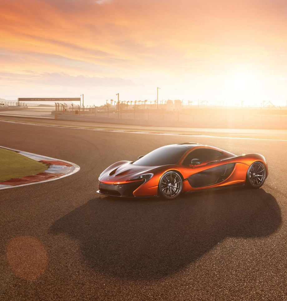 Amazing Pics of the 903HP McLaren P1