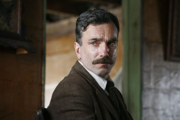 Daniel Day Lewis Knows Facial Hair
