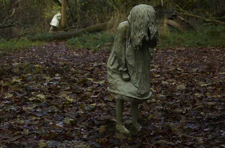 Beautifully Haunting Sculptures of Five Girls Weeping
