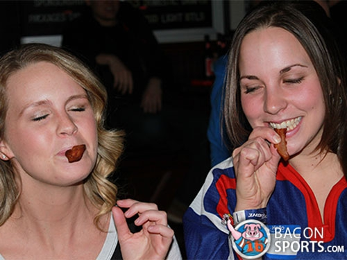 Hot Girls Eating Bacon