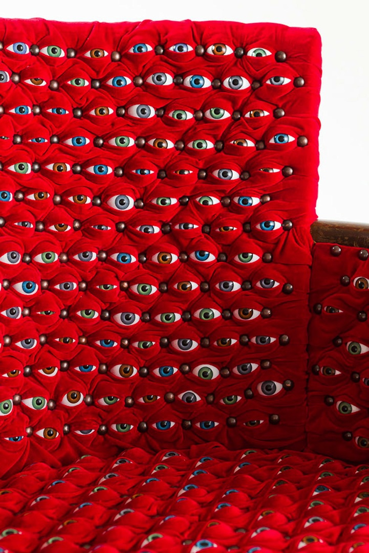 Chair Looks Around with Hundreds of Curious Eyeballs