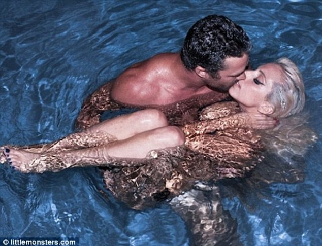 Lady Gaga 'to marry Taylor Kinney this summer'