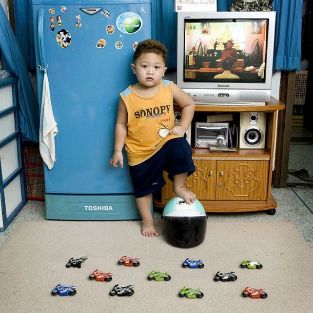 Kids Around The World Photographed With Their Favorite Toys
