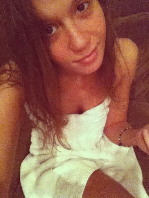 Hot Chick Towel Pic!