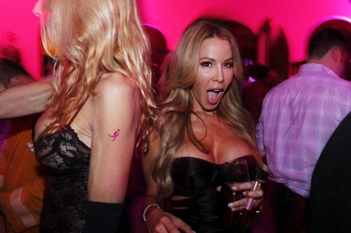 Excited Lisa Hochstein
