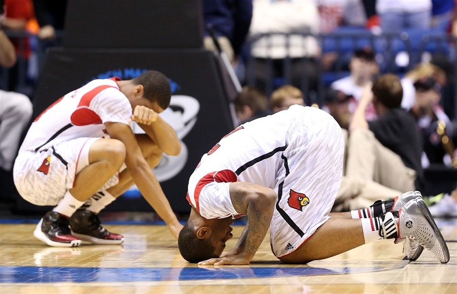 Kevin Ware's Teammates, Wayne BlackShear #20 and Chane Behanan #21, React Emotionally to His Injury