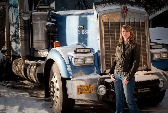 Lisa Kelly Beautiful Truck Driver
