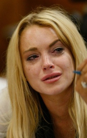 Lindsey Lohan crys in court