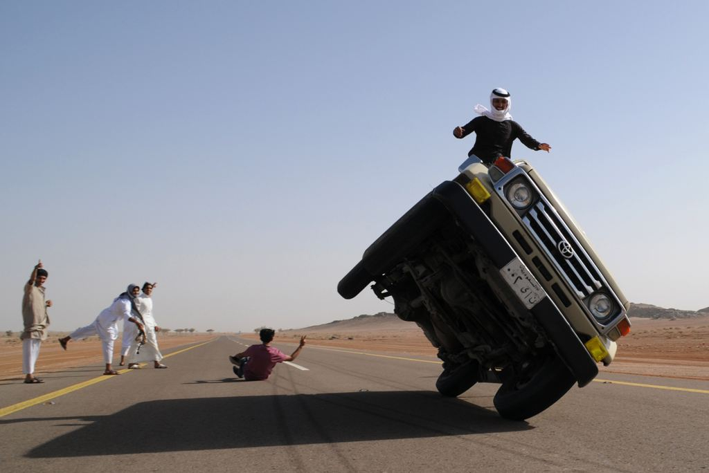 Sidewall Skiing In Saudi Arabia the new popular sport