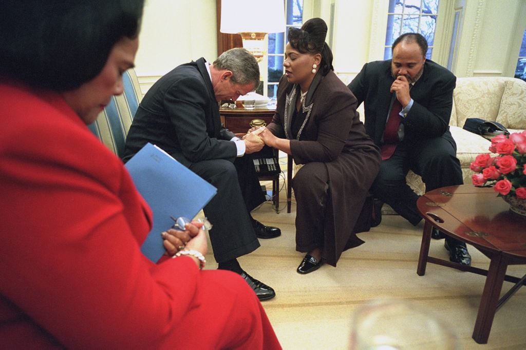 George Bush In Prayer
