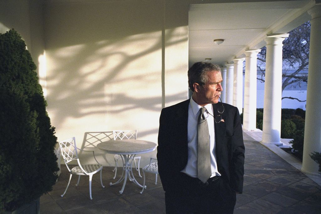George Bush Takes a walk around the white house