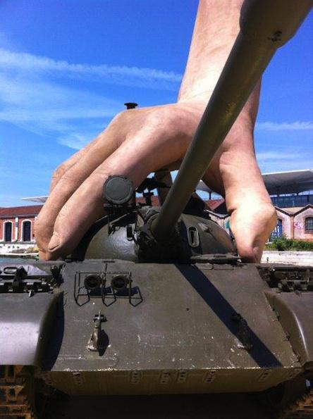 Giant Hands And Tanks