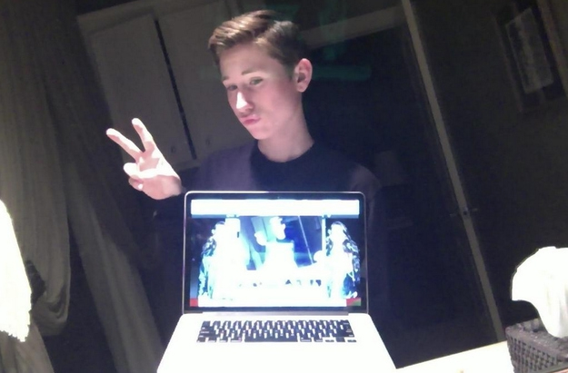 The laptop selfie.