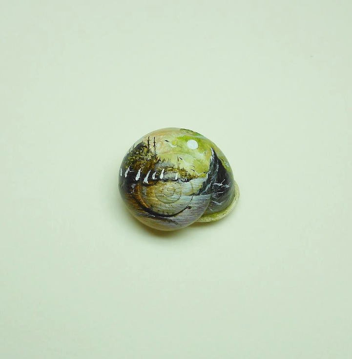 Miniture art by Hasan Kale. Snail shell