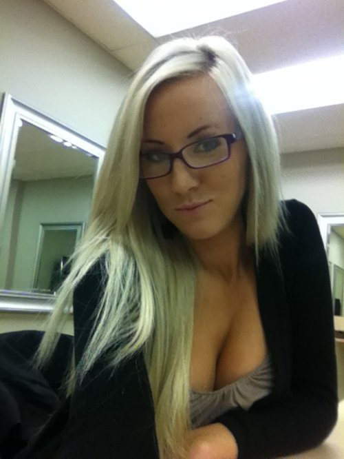 Sexy Girls In Glasses Makes Every Day Look Better