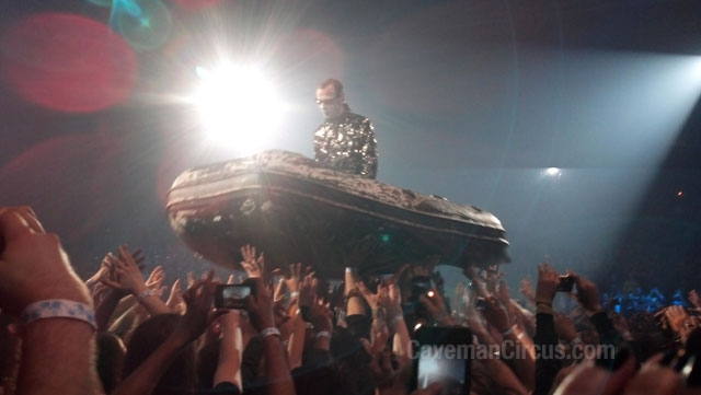 24 Great Moments In Crowd Surfing Awesomeness