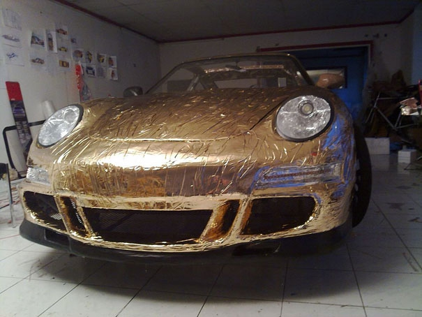 DIY Porsche Made Out Of Plastic Pipes and Aluminum Foil