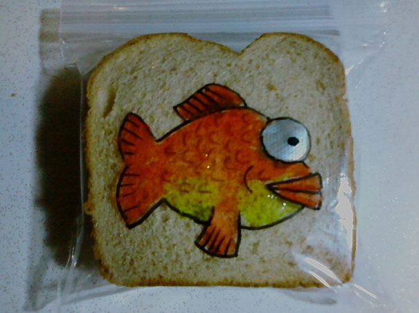 Dad Illustrates Kids' Sandwich Bags with Fun Drawings Every Day