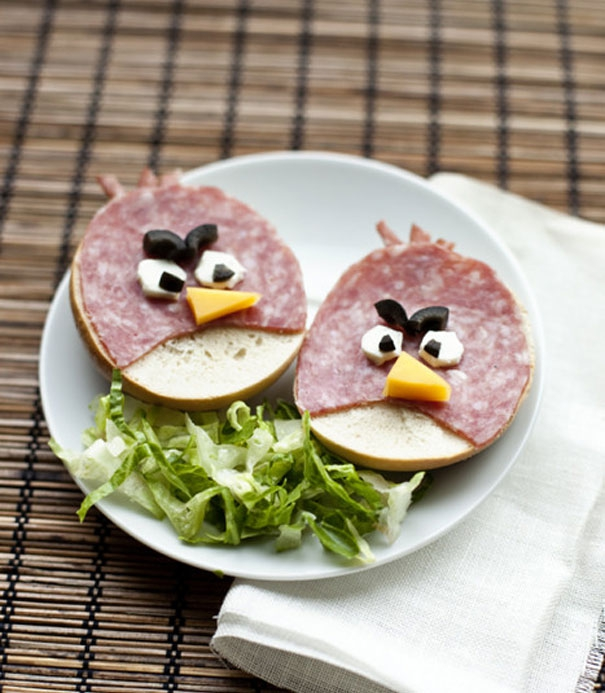 14. Angry Birds Sandwiches