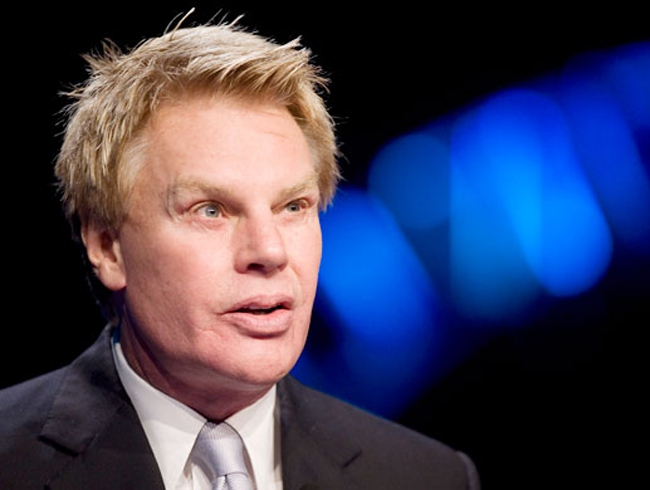 Abercrombie's CEO Is A Douche!