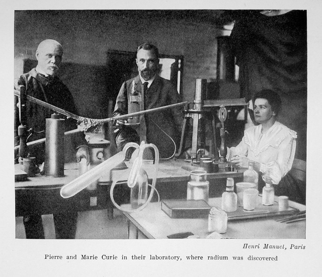 Marie Curie and Pierre Curie in their laboratory in 1923