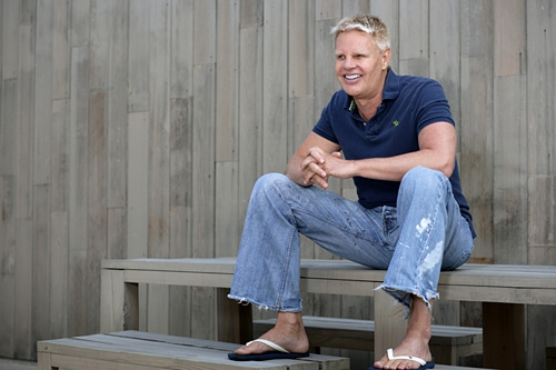 Abercrombie And Fitch CEO Mike Jeffries Reminded He's Ugly By Internet