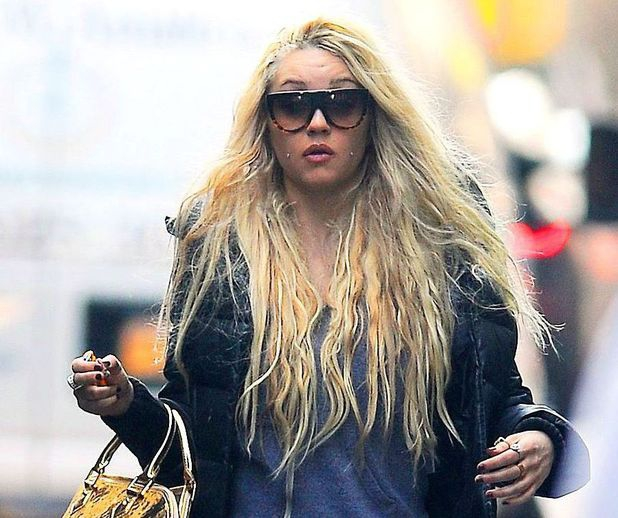 Amanda Bynes Busted For Weed, And Throwing A Bong Out The Window!