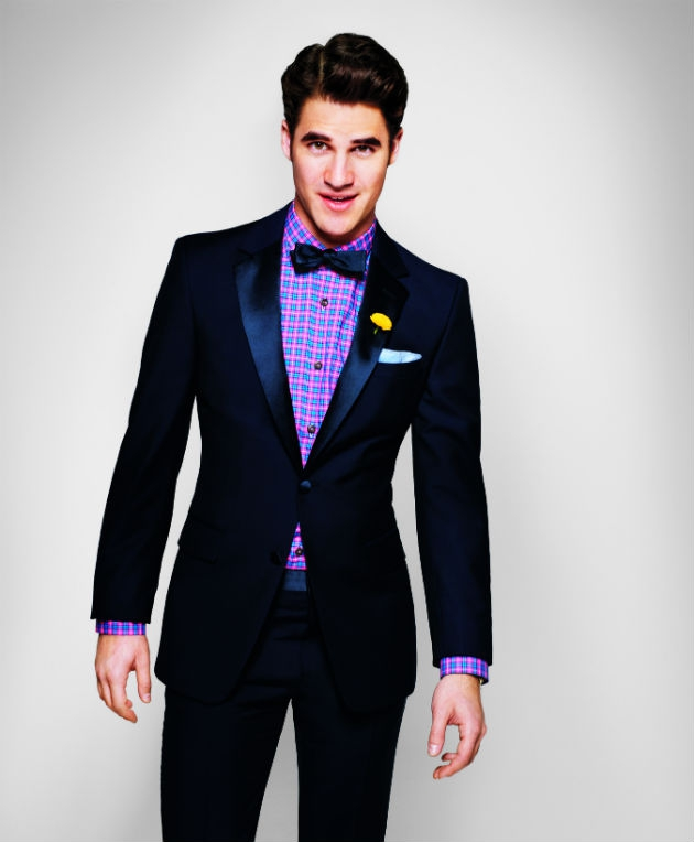 Darren Criss Gives Us 'Glee' With Those Sexy Moves