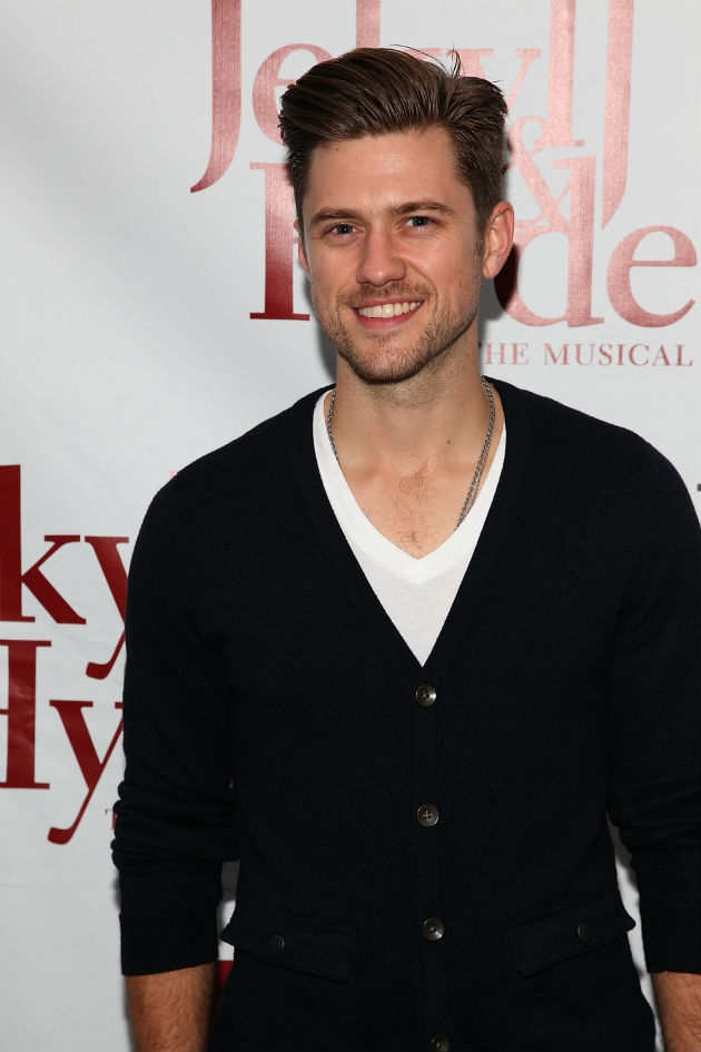Up-and-Comer Aaron Tveit Makes Us Feel All Right