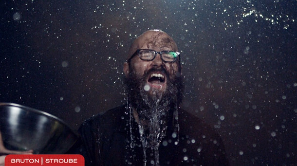 Epic Slow-Mo Photo Booth Captures Guests At A Party