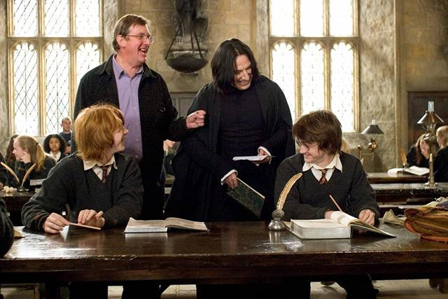 Rupert Grint, Mike Newell, Alan Rickman and Daniel Radcliffe (Harry Potter and the Goblet of Fire – 2005)