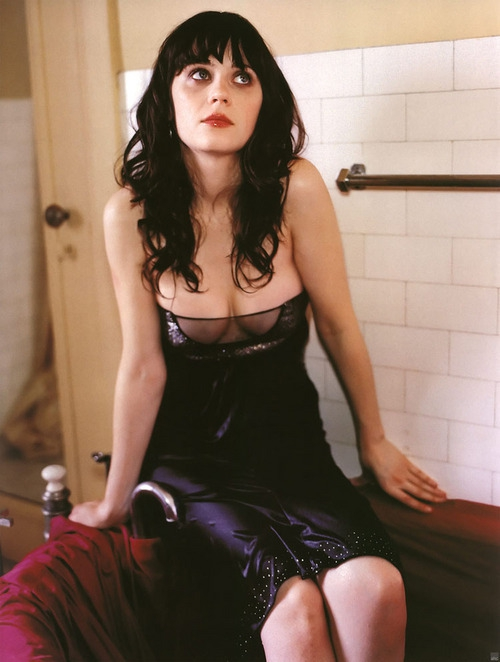 'New Girl' Actress Zooey Deschanel is Quirky and Sexy