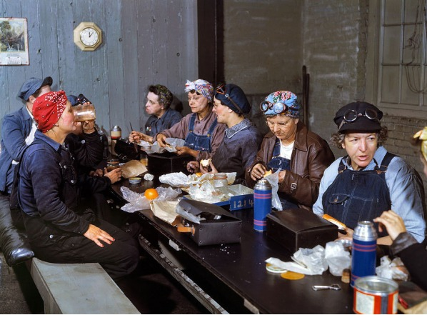 Rare Color Photos Of Women Working During WW2