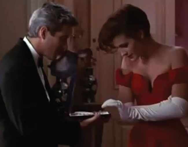 Necklace Laugh: Pretty Woman (1990)