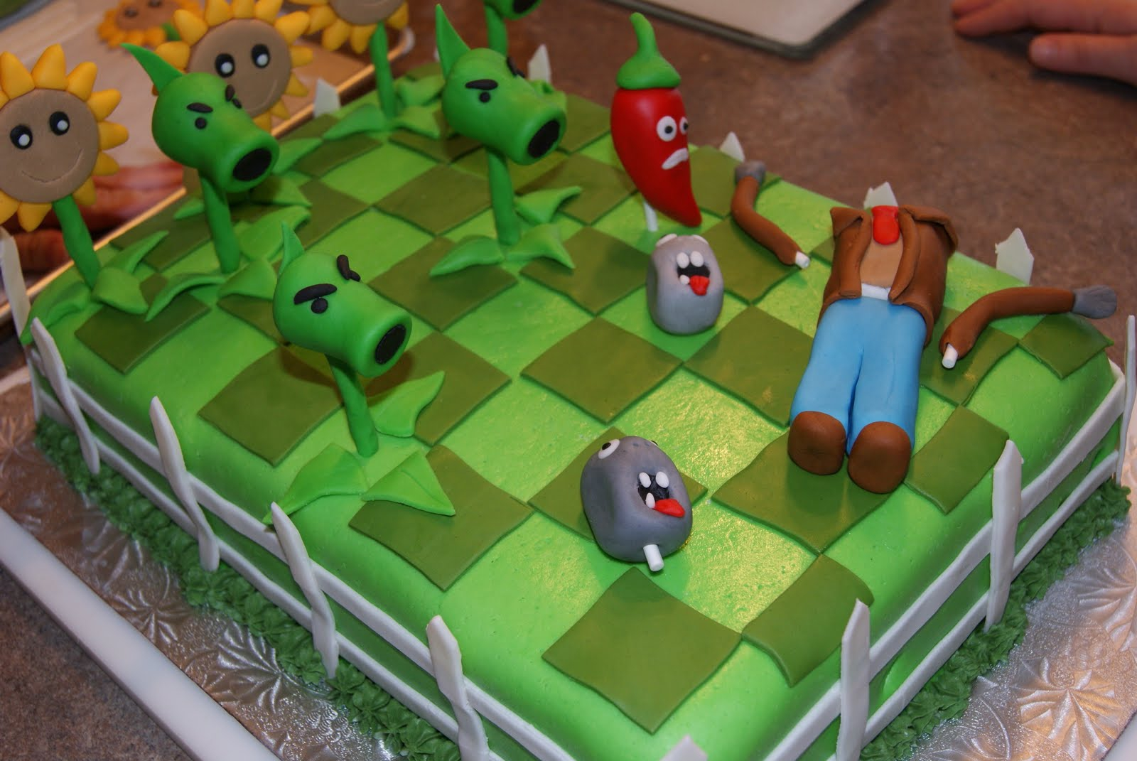 Best plant's vs. zombies cake ever!