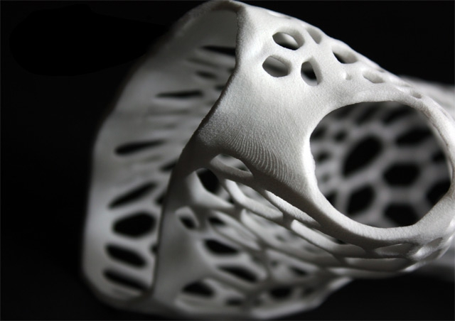 3D-Printing Technology Produces Modern Exoskeletal Cast
