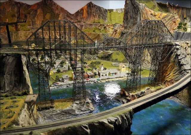 Man Spends 16 Years Building a Gigantic Model Railway