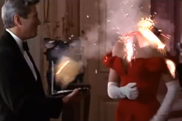 10 Hilarious GIFS of Exploding Actresses