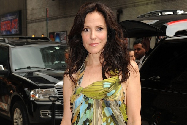 Mary-Louise Parker May Quit Acting Because the Internet Is Cruel