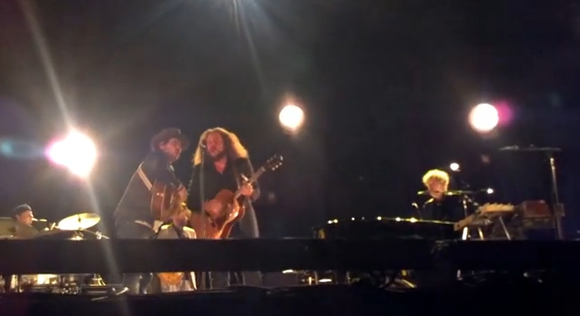 Watch Bob Dylan, Jeff Tweedy, Jim James Perform Together
