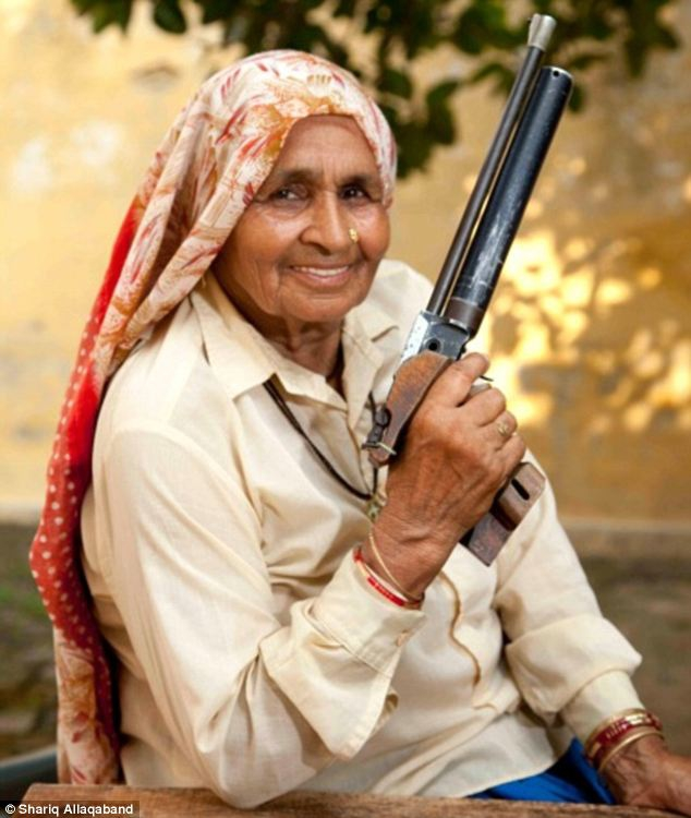 The Oldest Sharpshooter In The World!