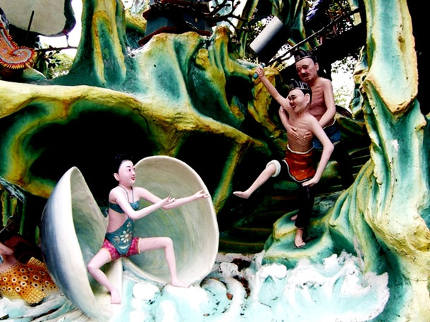 Singapore's Frightening Theme Park Dedicated To Chinese Mythology