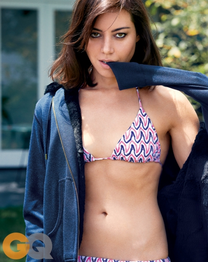 Aubrey Plaza Got In A Bikini For GQ And Gave A Troll-y Interview