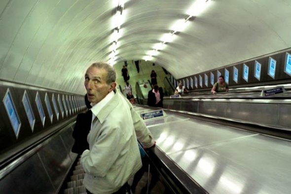 Extraordinary Photos Document 40 Years On The London Tube