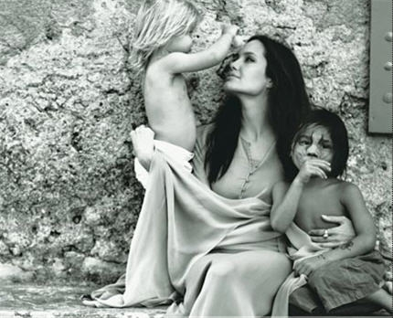 Brad Pitt's Intimate Photos Of Angie. amazing, anjelina-jolie, art, beautiful, brad-pitt, celebs, creative, family, famous, hollywood, interesting, people, photos, wow