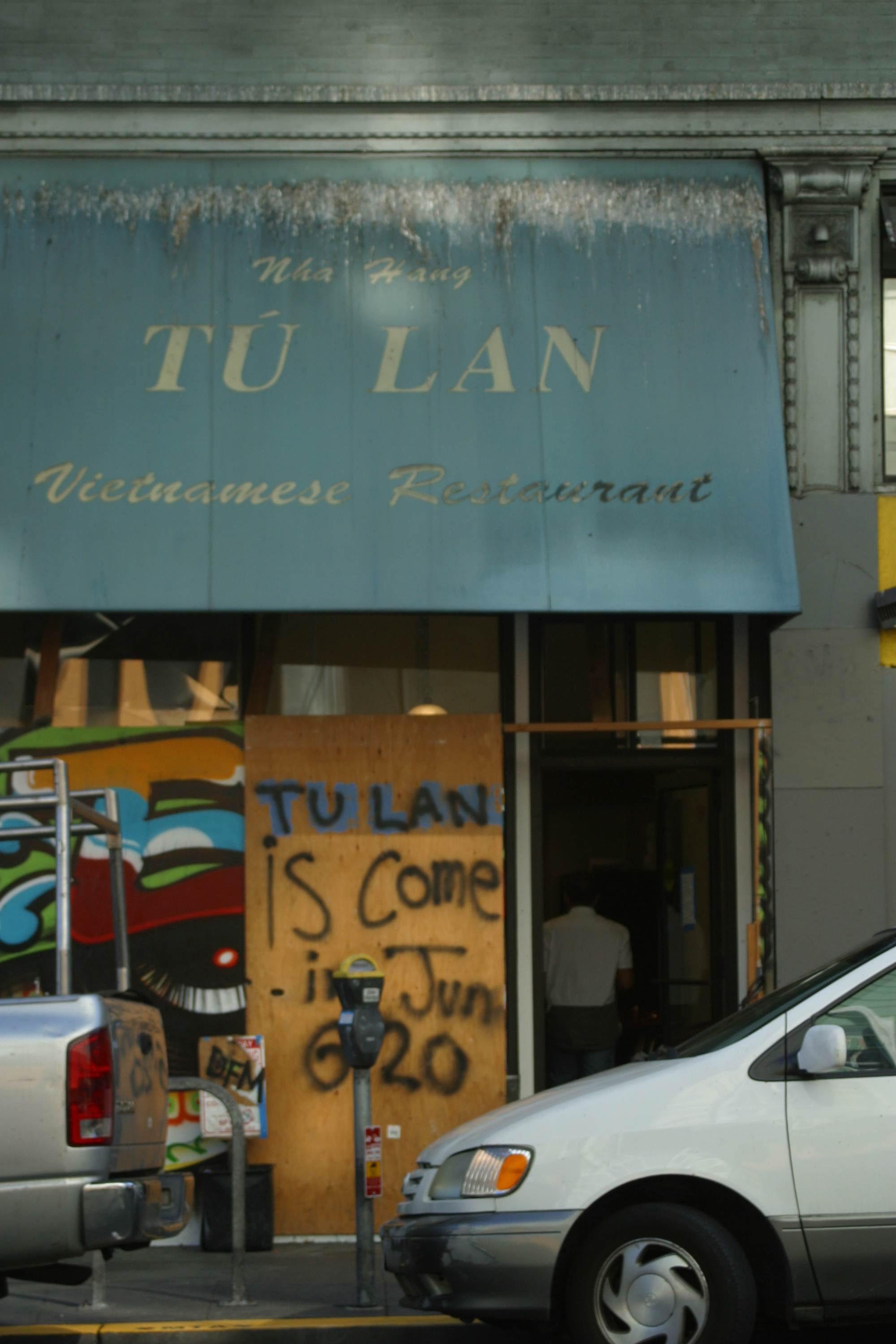 Tú Lan, Find The Vietnamese spot in SF.