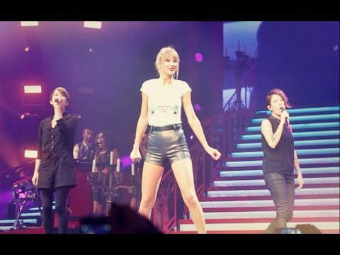 Here's Taylor Swift Singing 'Closer' With Tegan And Sara