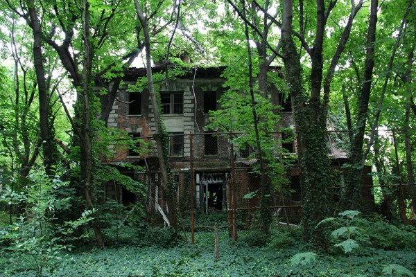 Did You Know About The Abandoned Island In The Centre Of NYC?