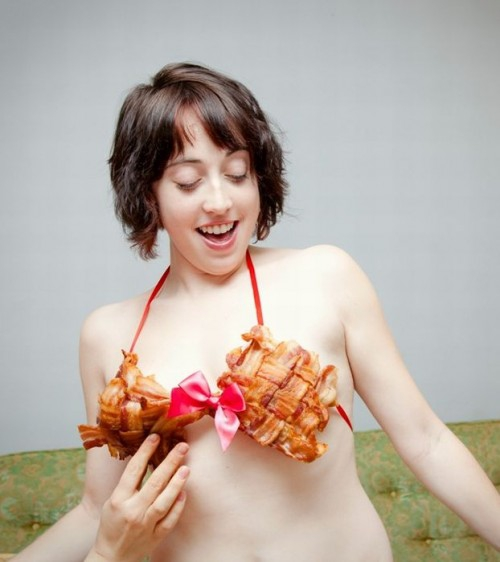 12 Pics: Tits n Lady's Bacon Bits. bacon, bacon-braw, boobs, costume-design, dyi, facts, food, food-consumption, girls, wearing-food